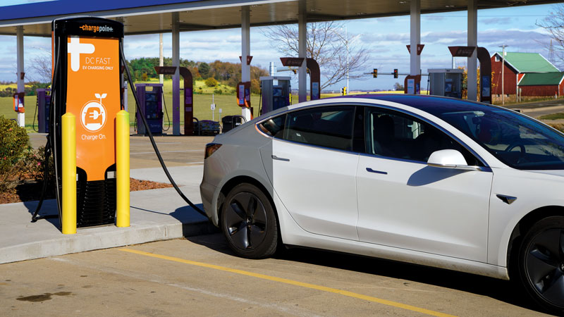 This Kelley's Market gas station and convenience store in Middleton offers motorists electric vehicle charging. The DC Fast Charger is one of more than 30 stations in MGE's public charging network.